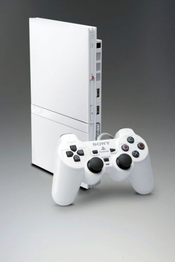 PlayStation 2 Slim blanca Foto: SONY