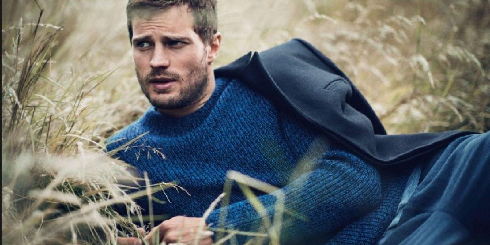 """Jamie Dornan era modelo y protagonista de editoriales de moda para las grandes revistas. También es actor, pero se hizo conocido por interpretar a Christian Grey en """"50 sombras de Grey"""". Aquí les dejamos sus fotos más sensuales Foto:Vogue"""