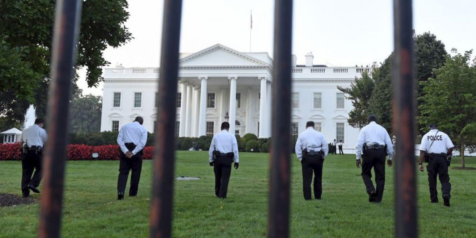 El hombre llegó hasta el Salón Este de la mansión ejecutiva. Foto:AP