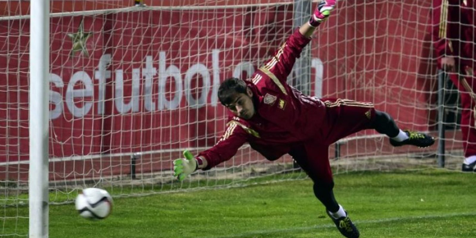 El líder de la Furia sigue siendo Iker Casillas Foto:Getty