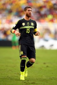 Sergio Ramos fungirá como el líder de la zaga Foto:Getty