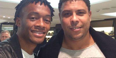 """Se encontró con el """"Fenómeno"""" Ronaldo Foto:Instagram: @cuadrado11"""