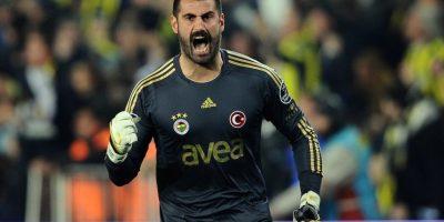 Entre su palmarés se encuentran tres ligas de Turquía y una Supercopa. Foto:Getty Images