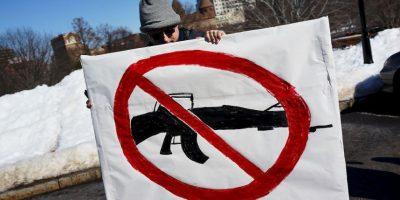 7. Hasta 2011, 32 mil 163 personas fallecieron por arma de fuego. Foto:Getty Images