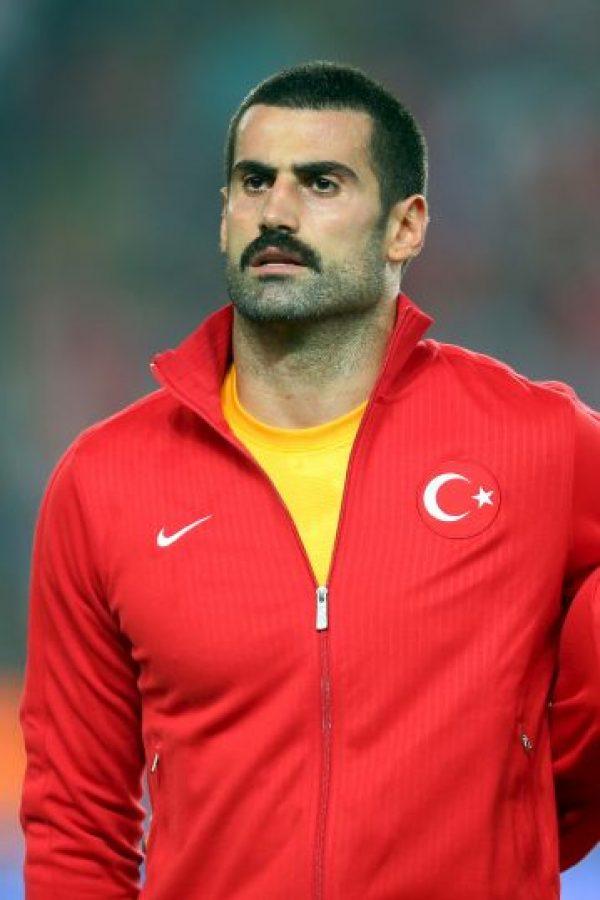 Volkan Demirel tiene 33 años de edad. Foto:Getty Images