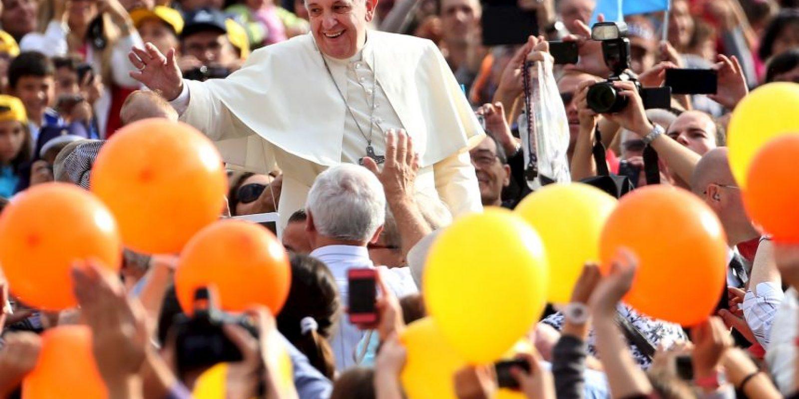 Desde que fue nombrado Papa fue muy bien aceptado por los feligreses. Foto:Getty Images