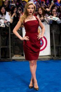 Scarlett Johansson mide 1.60 metros Foto:Getty Images