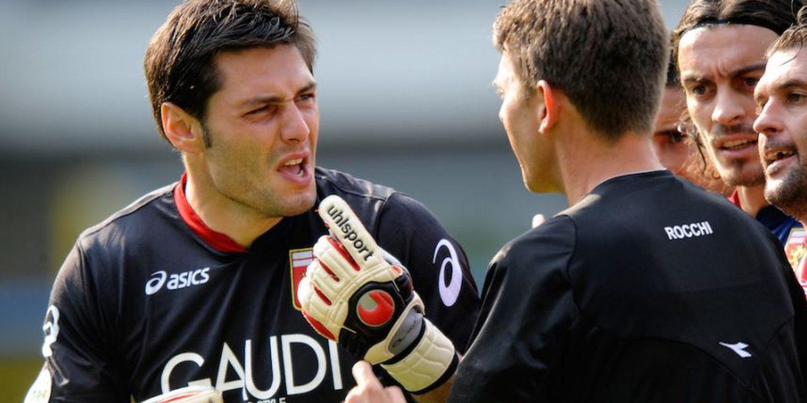 Después pasó por equipos como el Livorno, Lecce, Parma, Palermo, entre otros. Foto:Getty Images