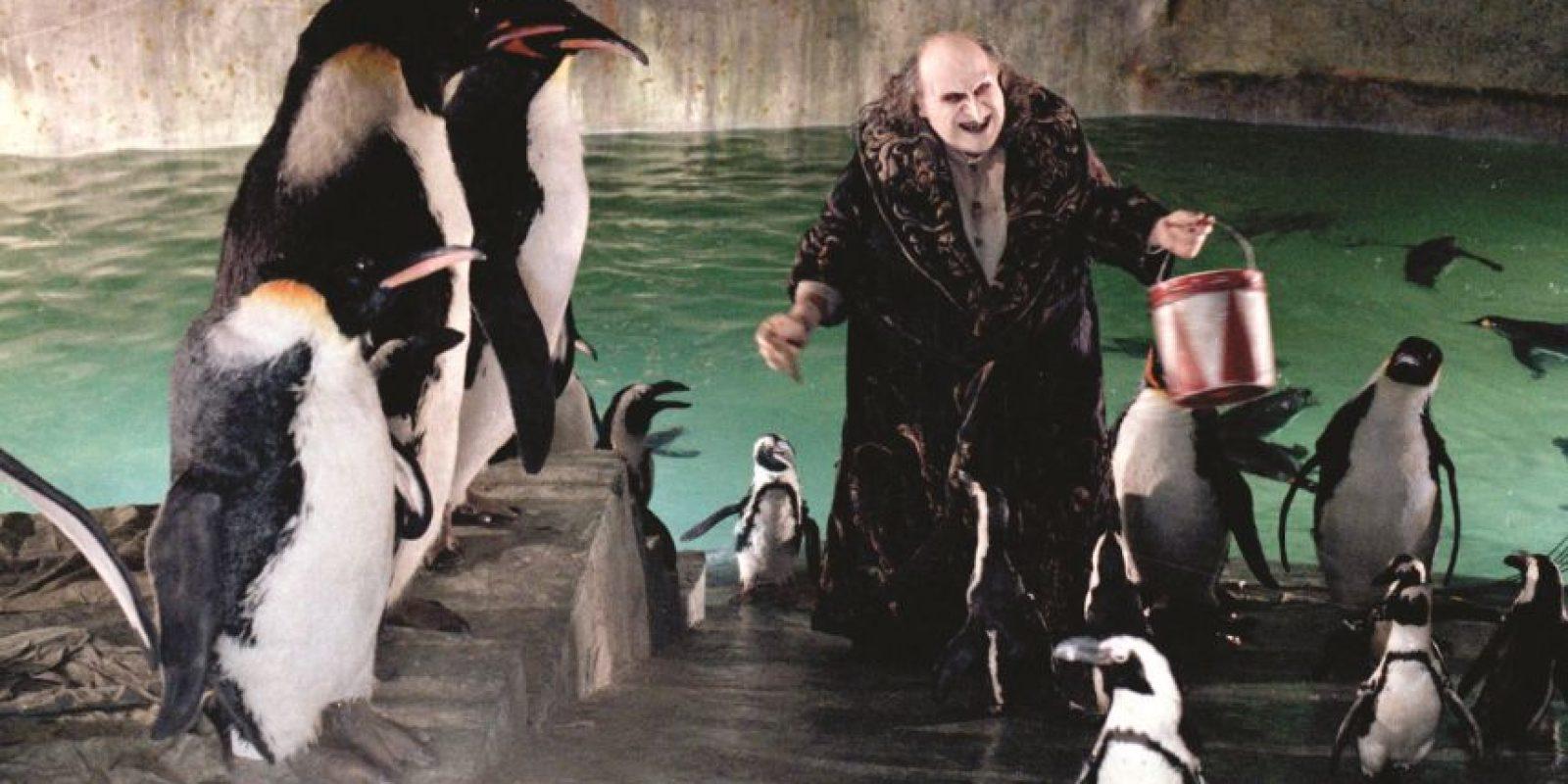 """En 1992, le dio vida al Pingüino en la película """"Batman Returns"""", de Tim Burton Foto:Facebook/Batman"""