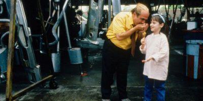 """En 1996 dirigió y protagonizó la película """"Matilda"""" Foto:IMDB"""