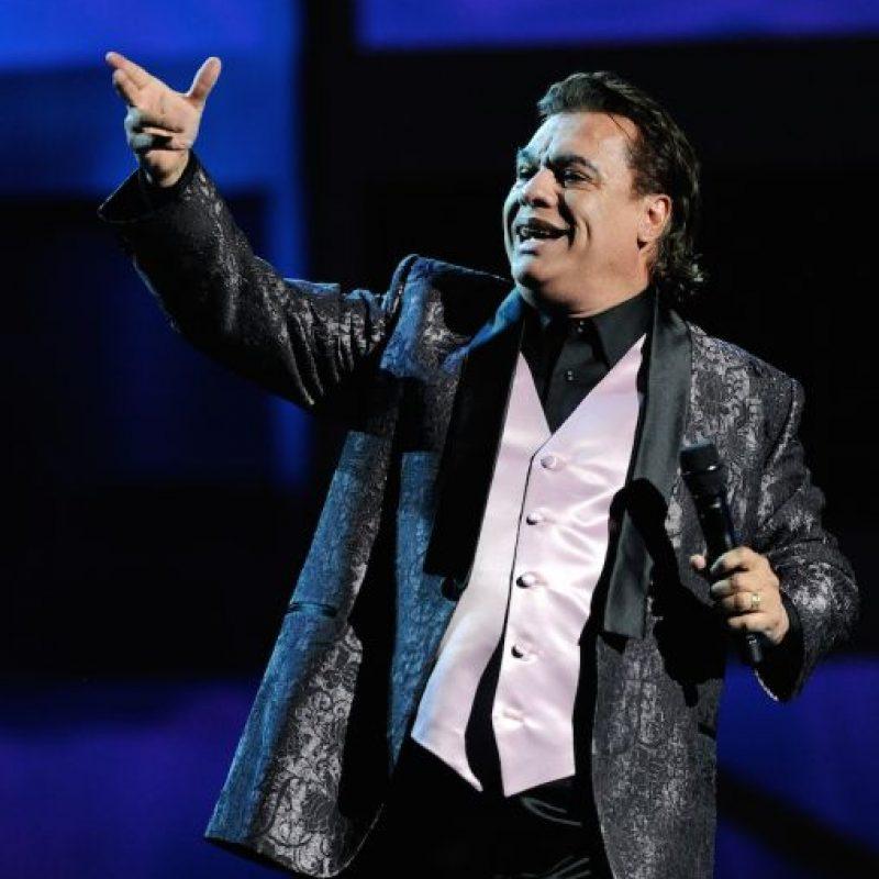 El cantante también ha sido criticado por su olor bucal. Foto:Getty Images