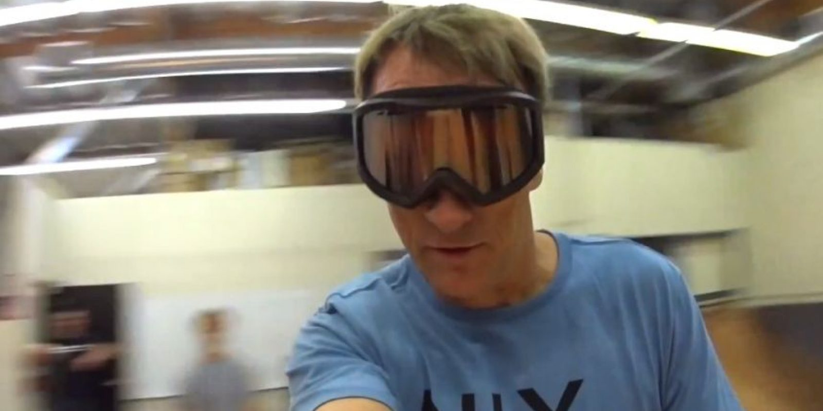 Así se veía Tony al dar vueltas sobre su propio eje en la Hoverboard. Foto:Hendo Hover