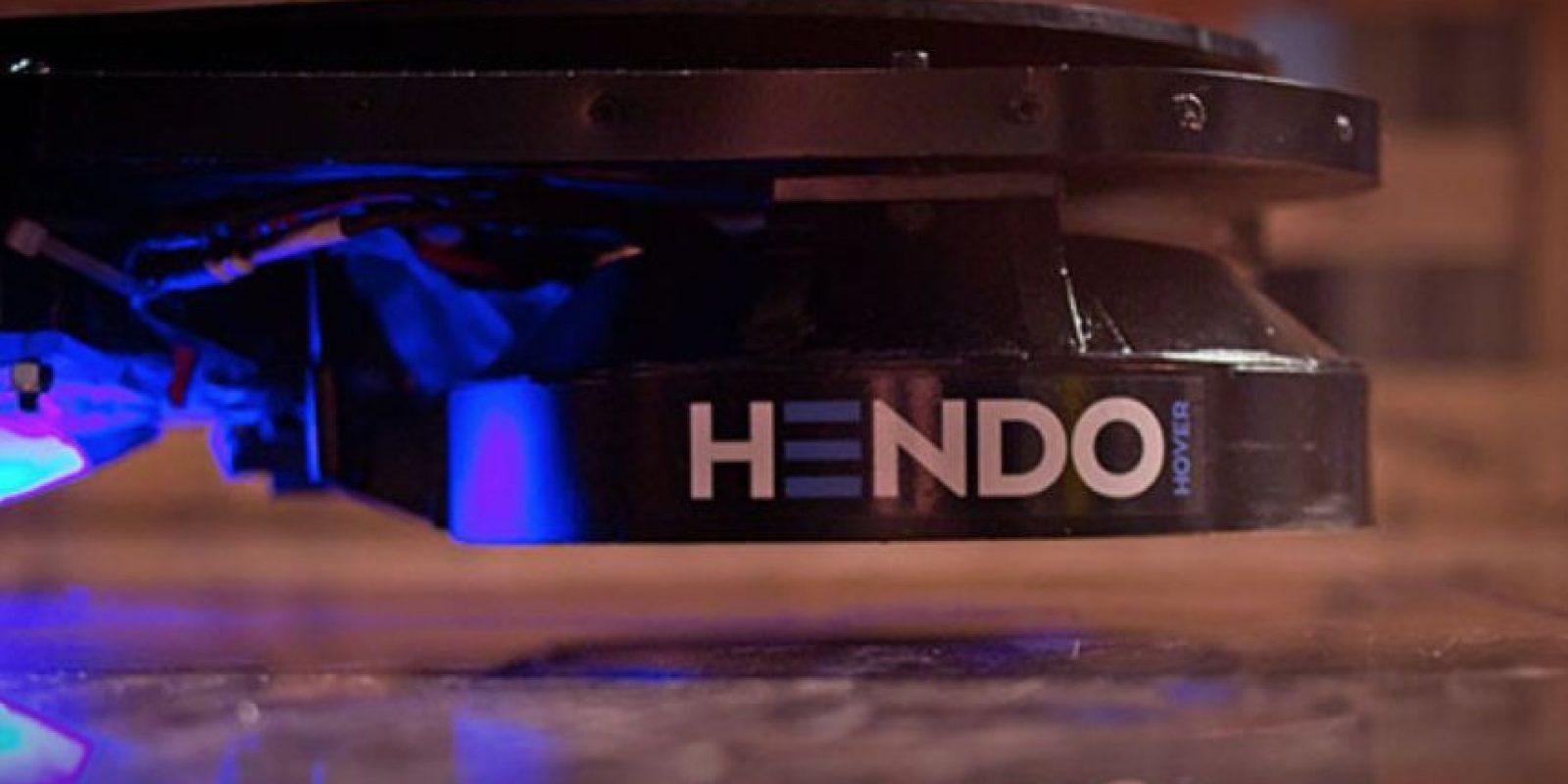 Los pedidos de la Hoverboard se empezarán a entregar en octubre de 2015. Foto:Hendo Hover