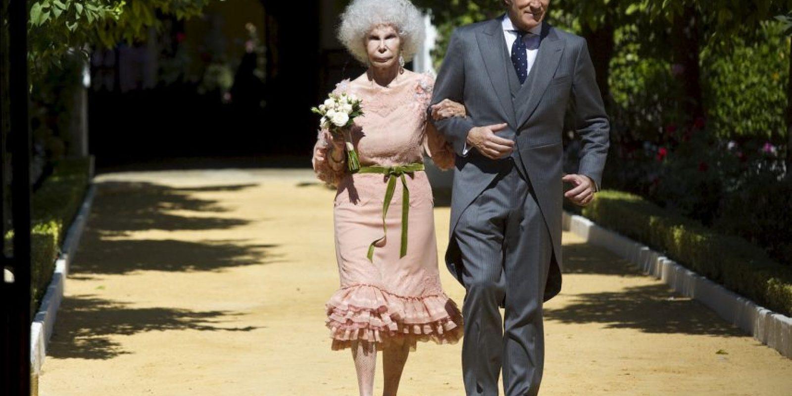 Duquesa de Alba es hospitalizada y tiene un pronóstico reservado En 2008 inició una relación con Alfonso Díez Carabantes. Foto:Getty