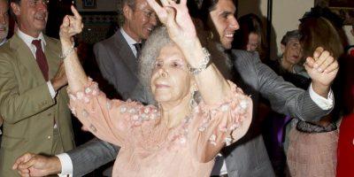 Duquesa de Alba es hospitalizada y tiene un pronóstico reservado Se casaron en octubre de 2011 Foto:Getty