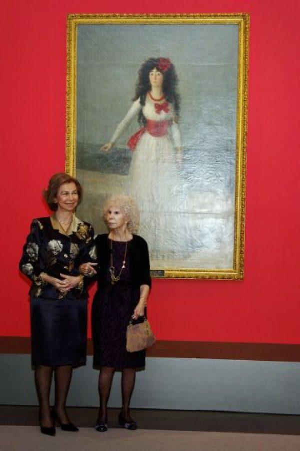 Duquesa de Alba es hospitalizada y tiene un pronóstico reservado La duquesa celebró una gran despedida de soltera Foto:Getty