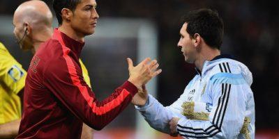 Una de las interacciones entre Cristiano y Messi. Foto:AFP