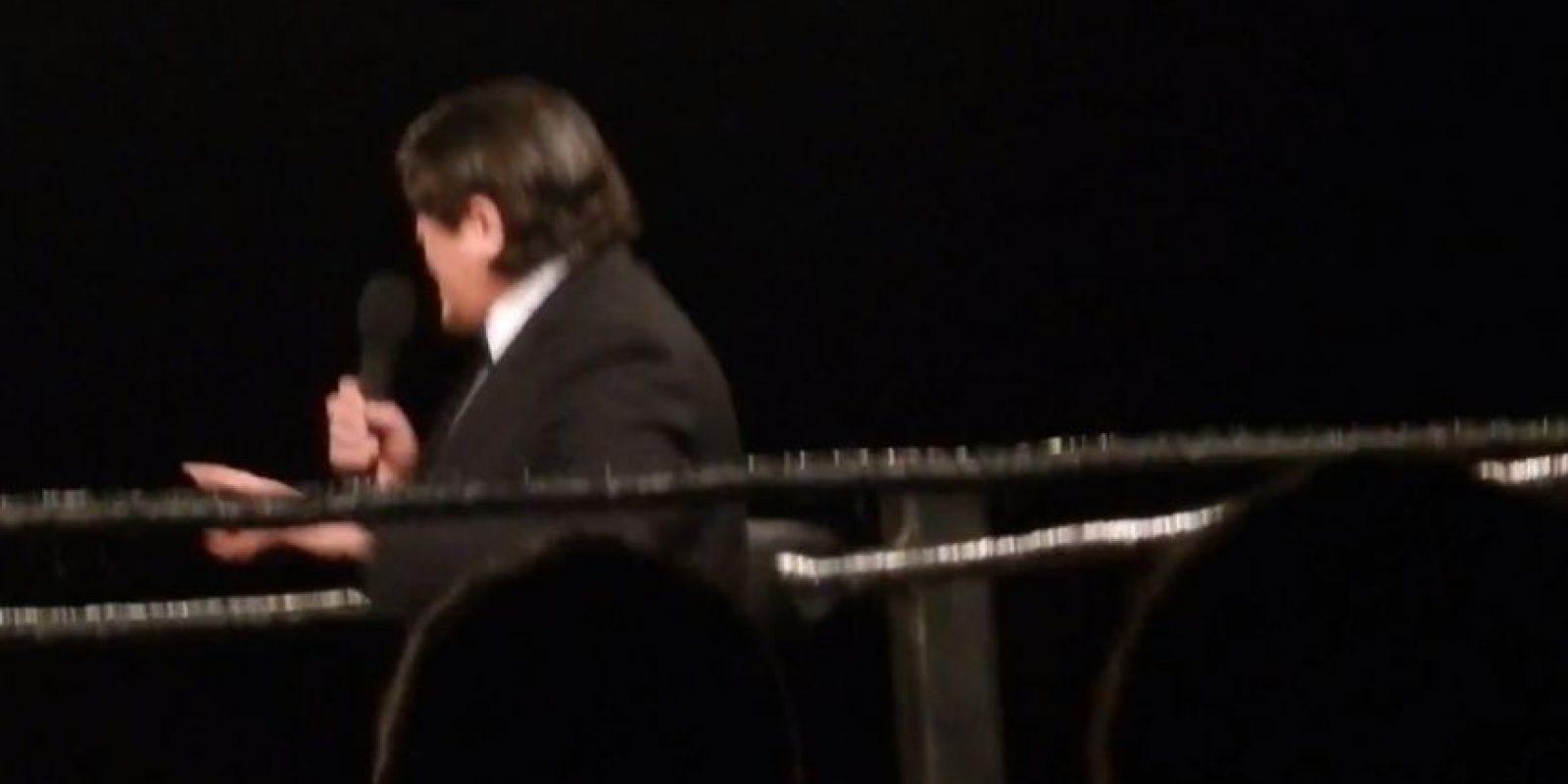 Entonces apareció Ricardo Rodríguez, el anunciador de Alberto del Rio Foto:Youtube: NoMatch4Me