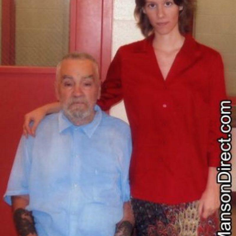 """Recientememte, el padre de Elaine le confesó al diario británico """"Daily Mail"""" que no asistirá a la boda Foto:MansonDirect.com"""