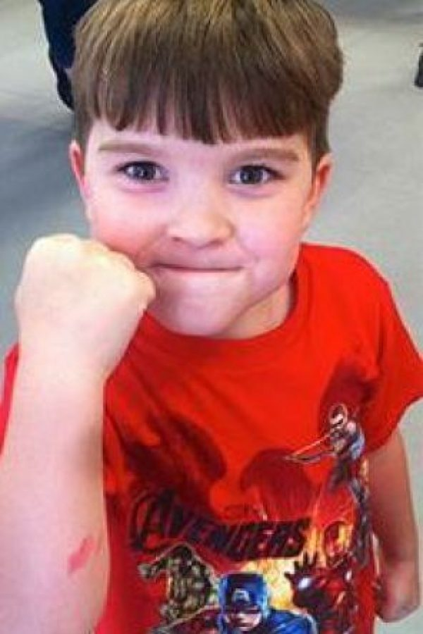 El niño ha crecido frente a sus seguidores en Internet Foto:Cheezburger