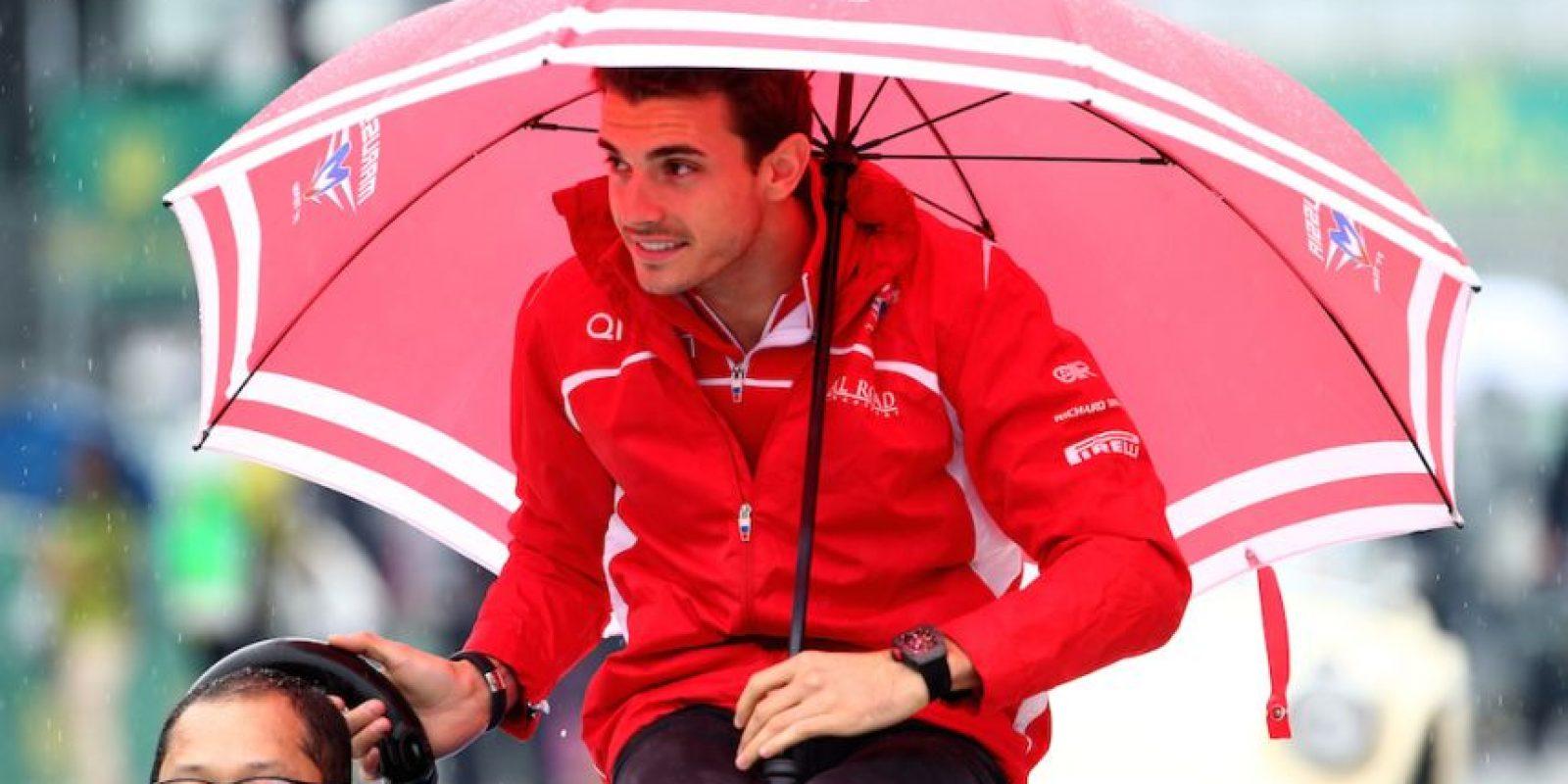 El piloto francés Jules Bianchi sufrió un aparatoso accidente en el Gran Premio de Japón. Foto:Getty Images