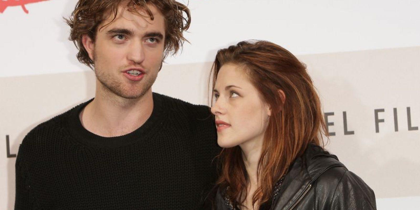"""Durante la premier del filme """"The Twilight Saga: Breaking Dawn – Part 2"""", una fanática amenazó de muerte a Kristen, que desfilaba por la alfombra roja. Foto:Getty Images"""