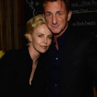 El famoso actor ató a su ex esposa, Madonna, en una silla, y después la golpeó durante varias horas. Ella no presentó cargos. Foto:Getty