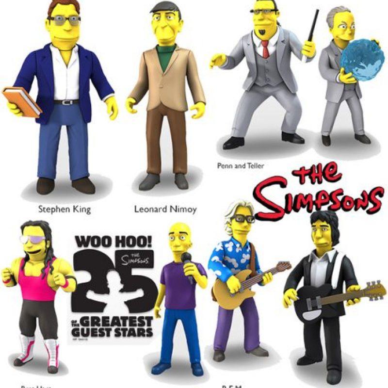 """Leonard Nimoy, Bret """"Hitman"""" Hart, Penn y Teller y la banda R.E.M Foto:NECA"""