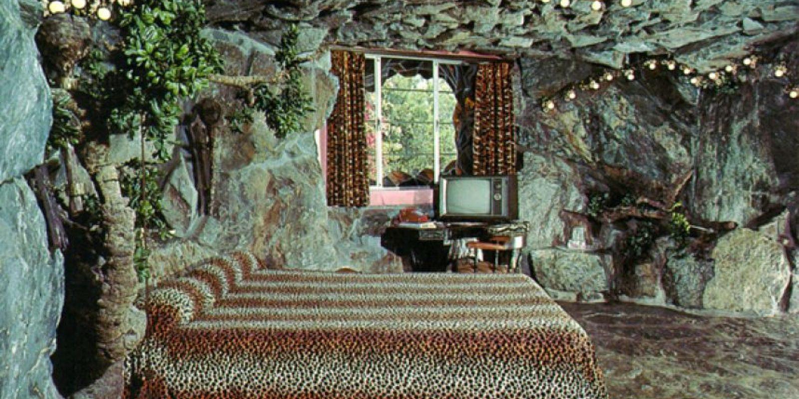 """Madonna Inn, en California. Esta habitación temática es conocida como """"La Cueva"""". Foto:Flavorwire"""