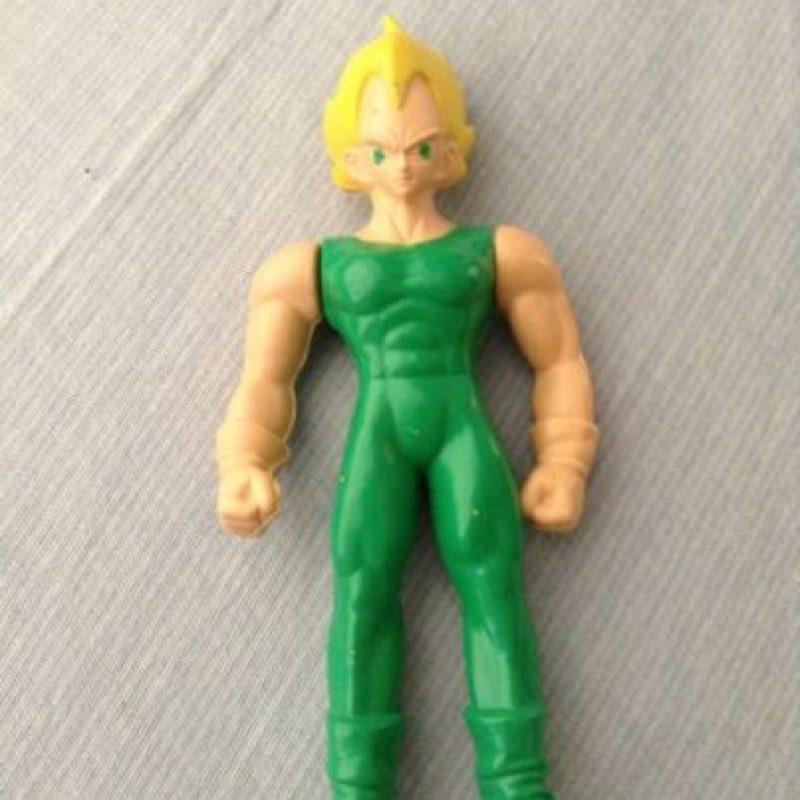 Vegeta le apuesta a tonos arriesgados. Foto:Tumblr/Bootleg Toys