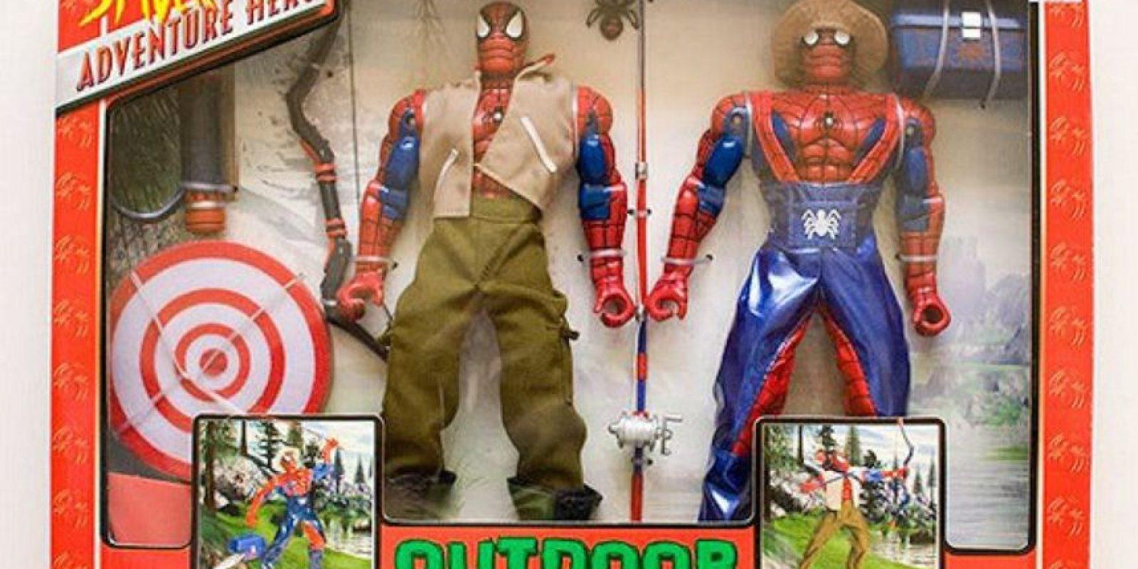 SpiderMan también es agricultor Foto:Tumblr/Bootleg Toys