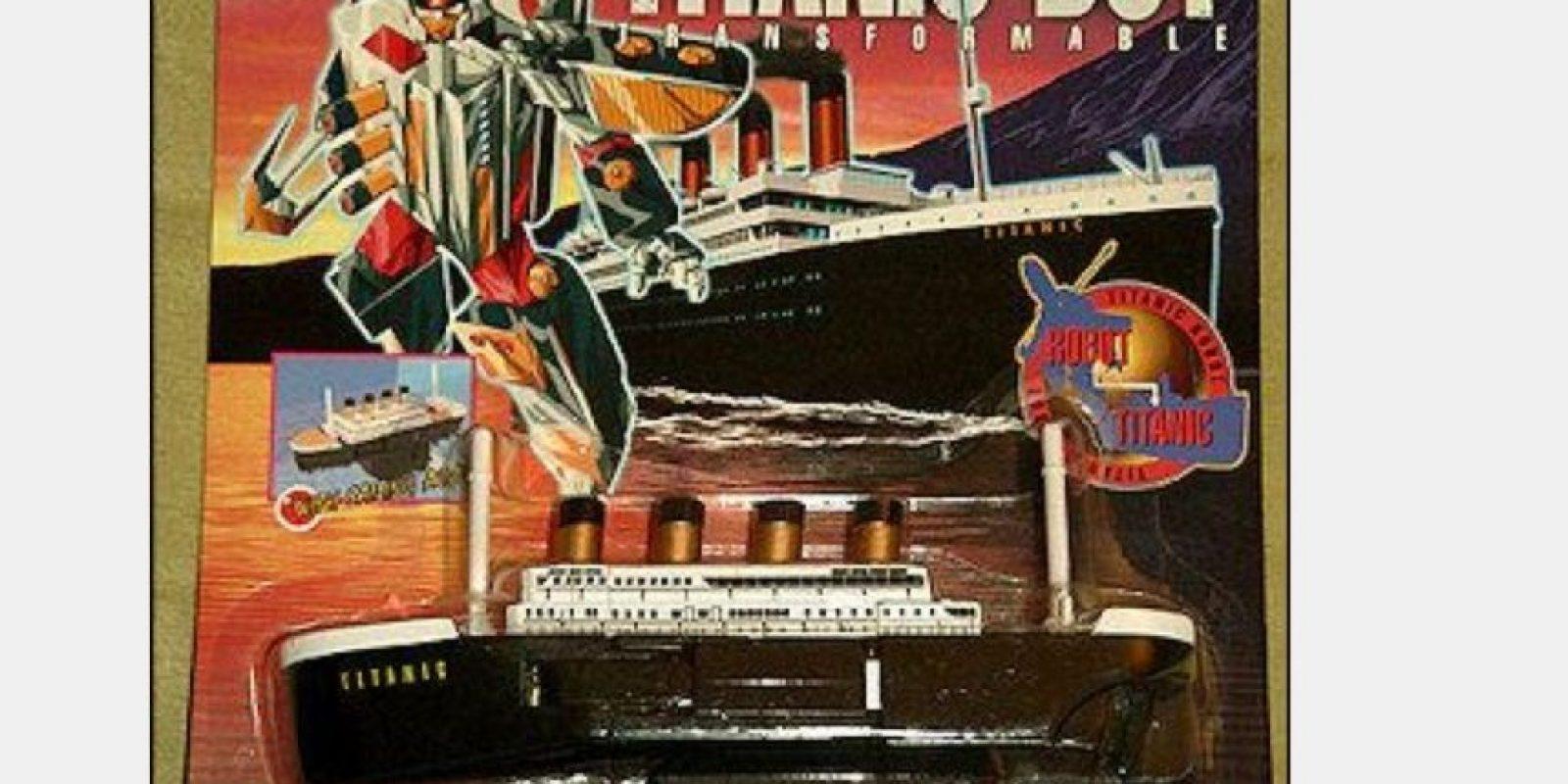 Todo obedecía a un plan maestro en el que el Titanic se convertía en un Transformer Foto:Tumblr/Bootleg Toys