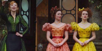 Pero Cenicienta tiene el otro par y con la sorpresa de su madrastra le prueban el zapatito y la lleva a palacio sin ninguna duda de que ella es el verdadero amor del príncipe Foto:Disney Movie Trailers