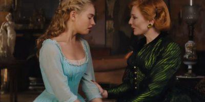 Con la ayuda mágica de su hada madrina, Cenicienta pudo ir al baile y logra bailar con el Príncipe Foto:Disney Movie Trailers
