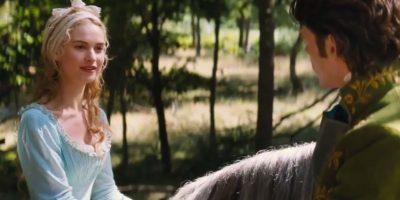 Con la muerte de su padre, Cenicienta queda huérfana Foto:Disney Movie Trailers