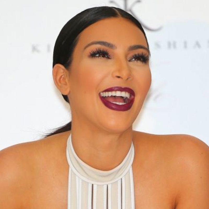 A mediados de 2012, se dio a conocer que Kim salía con el rapero Kanye West Foto:Getty Images