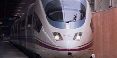 Siemens Velaro E / AVE S103-alcanza una velocidad de 350 kilómetros por hora. Foto:Captura de pantalla