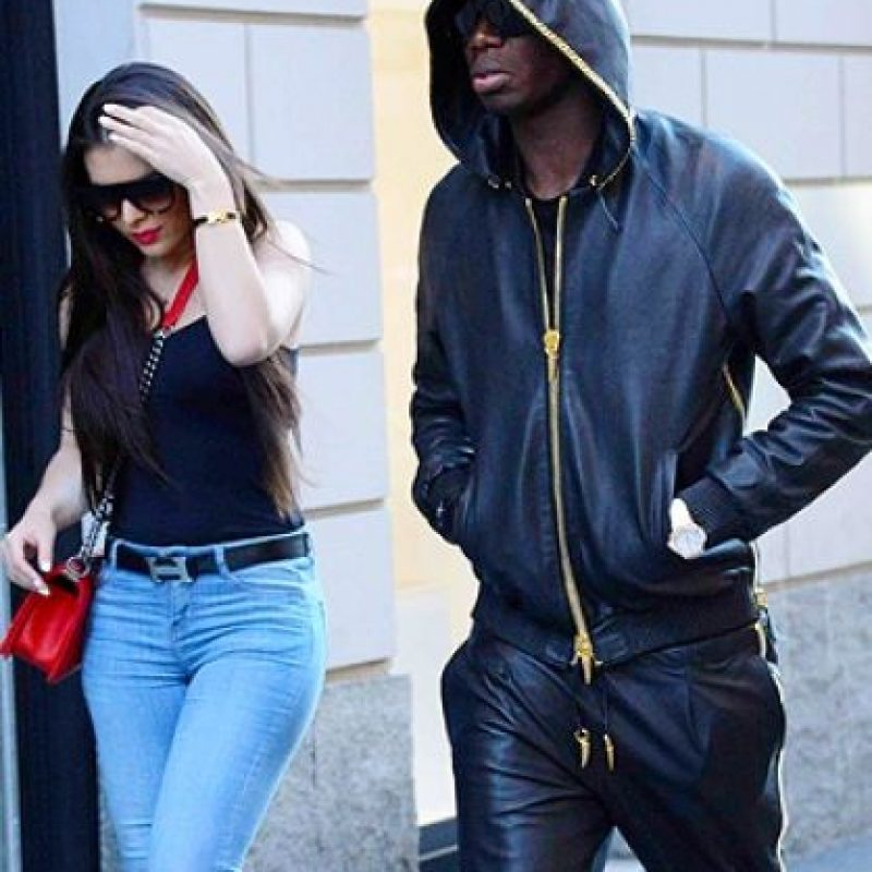 Paul Pogba y su novia. Foto: vía gossip.it
