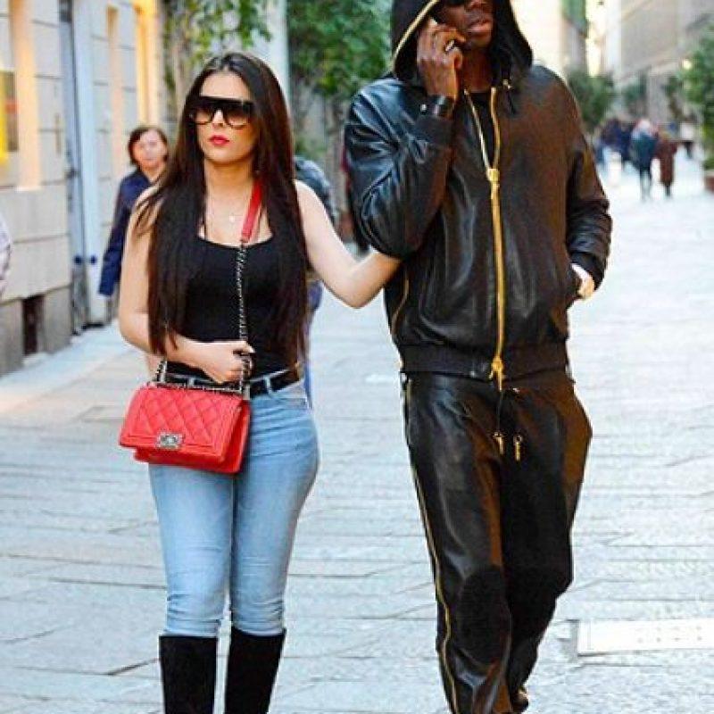 Nadie sabe el nombre de la novia del futbolista francés, aunque se les ha visto en distintos lados. Foto:vía gossip.it