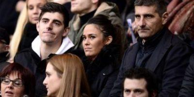 La pareja se conoció mientras Thibaut Courtois era portero del Atlético de Madrid. Foto:Twitter