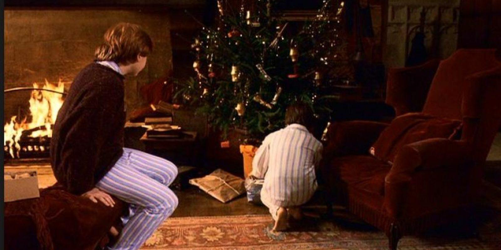 La primera película de la franquicia, Harry Potter y la piedra filosofal, fue estrenada mundialmente a finales del año 2001 Foto:Warner Bros
