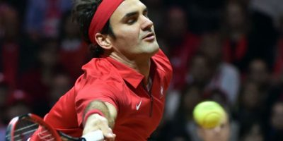 Roger Federer no lució al cien por cien y permitió que la final se empatara 1-1. Foto:AFP