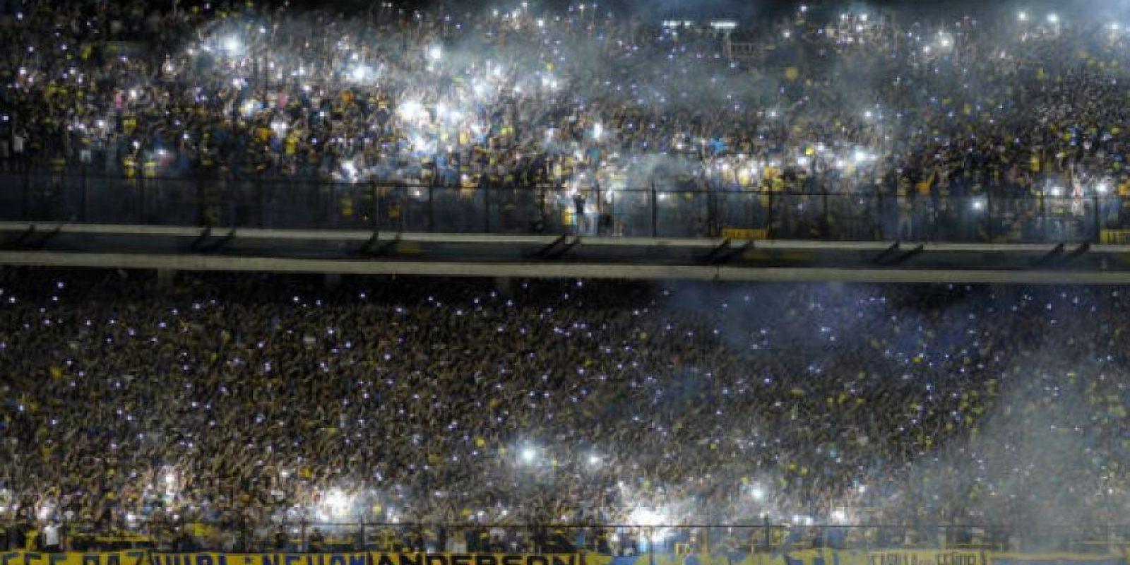 Así recibió la afición del Boca Juniors a su equipo en La Bombonera, en el clásico ante River Plate. Foto:AFP
