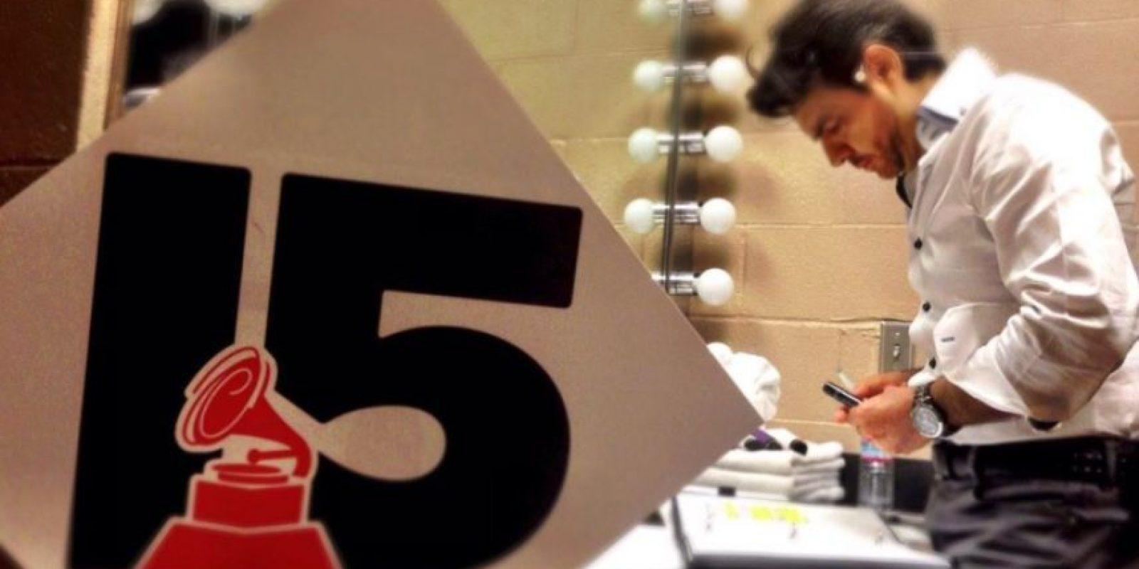 Eugenio Derbez en sus ensayos para los Grammy Foto:Twitter /Eugenio Derbez