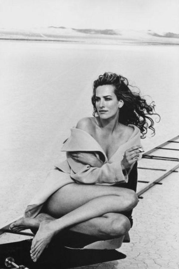 Tatjanna Patitz fotografiada por Petter Lindherbh en 1996. Foto:Pirelli