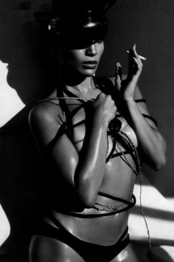 Jennifer Lopez fotografiada por Mert+Marcus para la edición 2005.