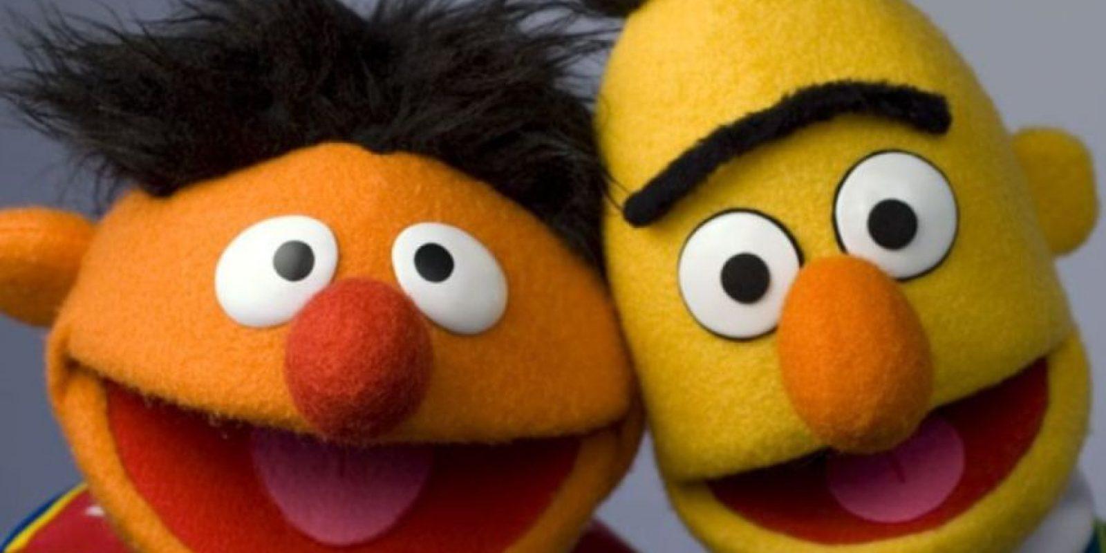 Beto y Enrique fueron considerados gays por muchos. Plaza Sésamo aclaró que eran hermanos Foto:Televisa