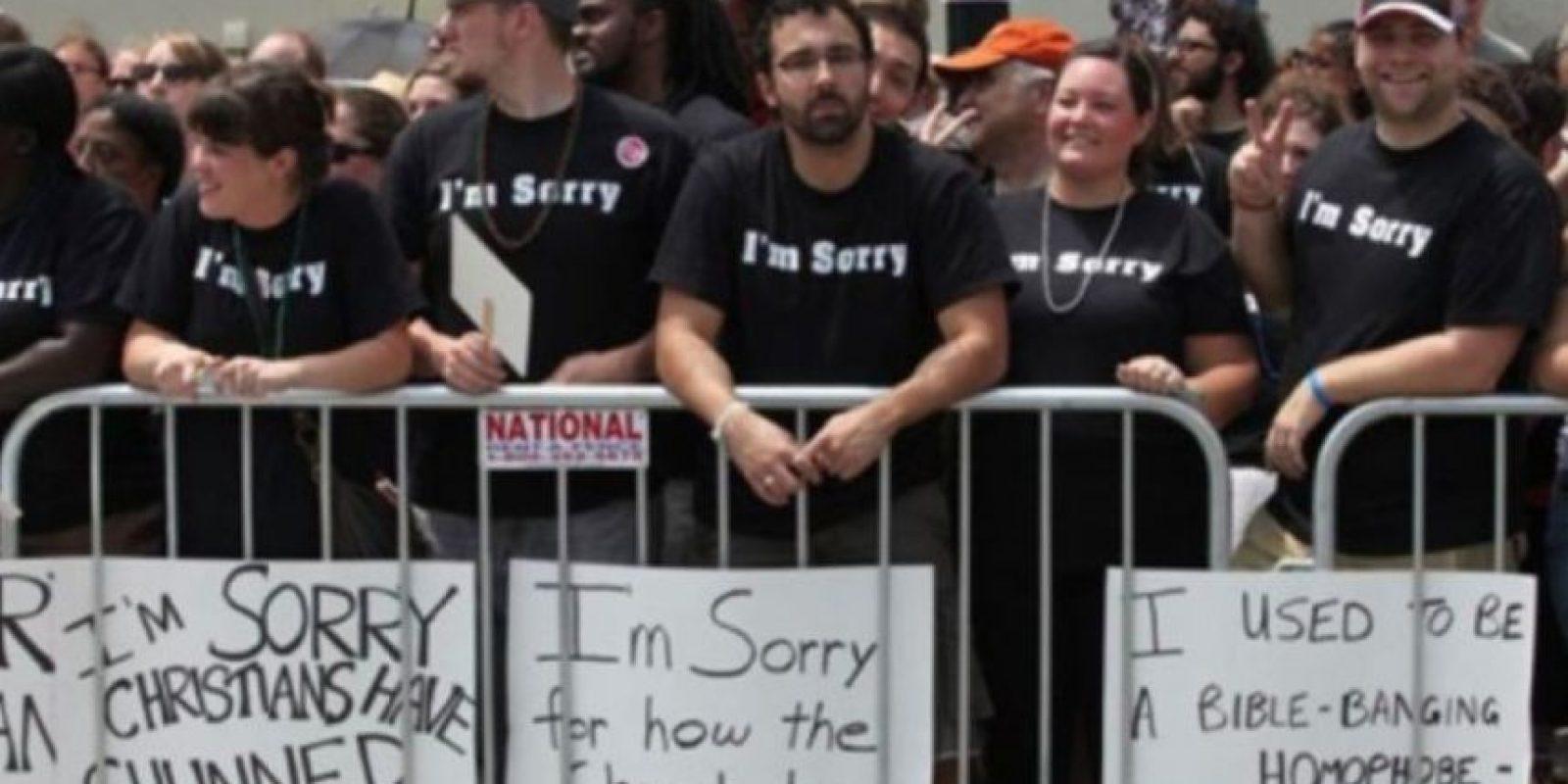 Cristianos disculpándose por su homofobia Foto:Tumblr