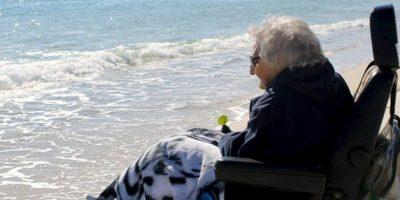Tiene 100 años y por primera vez vio el mar Foto:Perdido Beach Resort