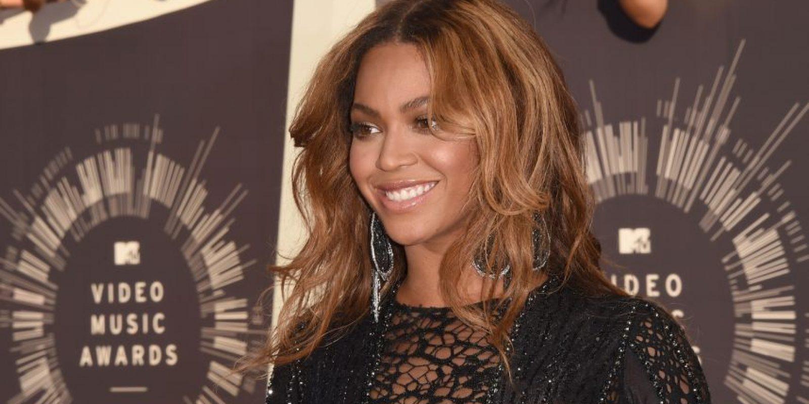 """Contó con los sencillos número uno del Billboard Hot 100: """"Crazy in Love"""" y """"Baby Boy"""" Foto:Getty Images"""